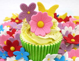 Small Icing / Wafer Flowers Ideal For Cupcakes & Muffins