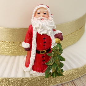 Traditional Resin Santa With Xmas Tree Cake Topper