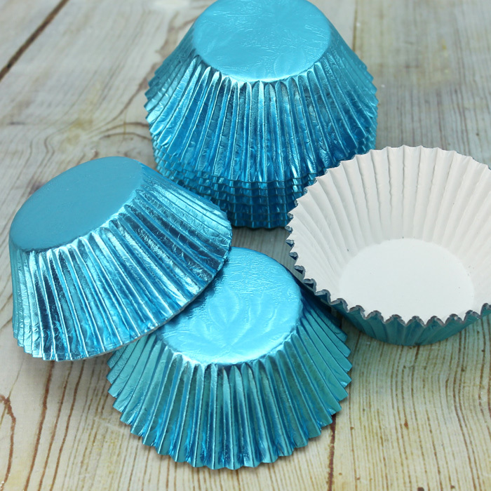 Metallic Pale Blue Embossed Muffin Cases