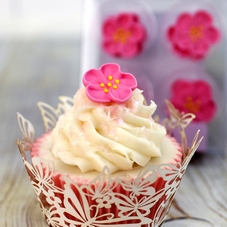 12 pink rose sugar decorations - image 1