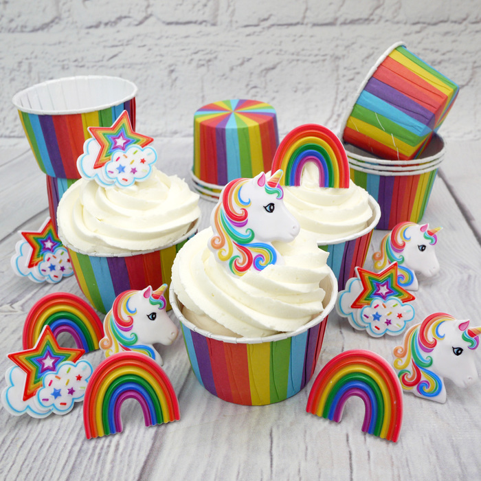 Pack Of 12 Rainbow Baking Cups & 12 Mixed Rainbow/Unicorn Plastic Rings