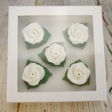 Small Edible Roses in White