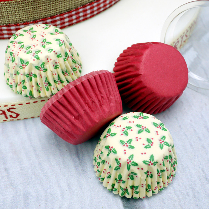 Holly Design And Plain Red Petit Four (Sweet) Cases (100Pc.)