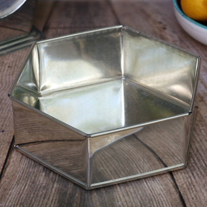 8 Inch Hexagonal Stainless Steel Tin