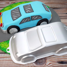 Small Car Cake Tin (By KitchenCraft)