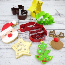 Pack Of 4 Santa & Friends Metal Cookie Cutters