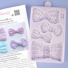 Karen Davies Crochet Bow Mould