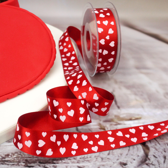 2 meters long non-wired wedding engagement 15 mm wide Red heart ribbon