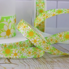 1 Metre Length Of 15mm Green & Yellow Daisy Ribbon - image 2