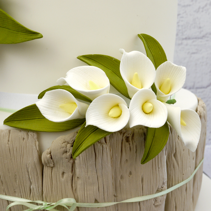 Sugar Calla Lily Spray In White - image 2