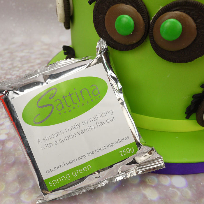Sattina Spring Green Sugarpaste (Ready To Roll Fondant Icing) - image 4